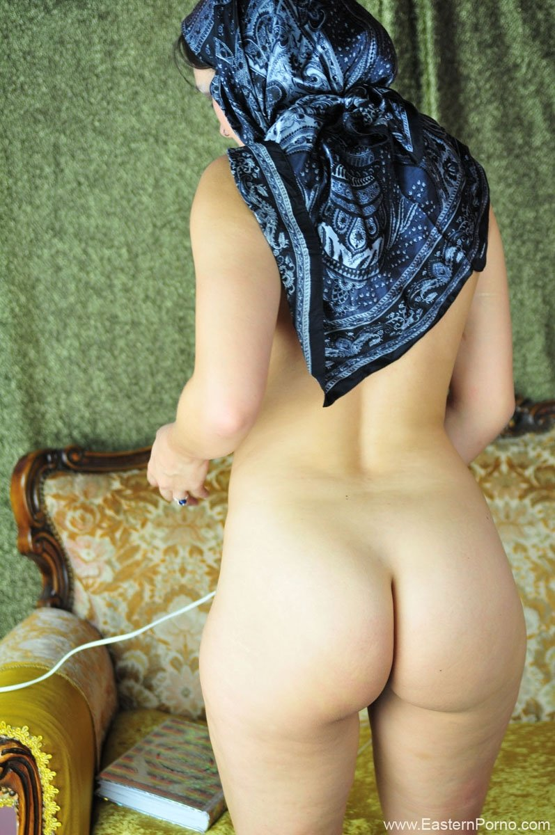 ass girl Nude muslim