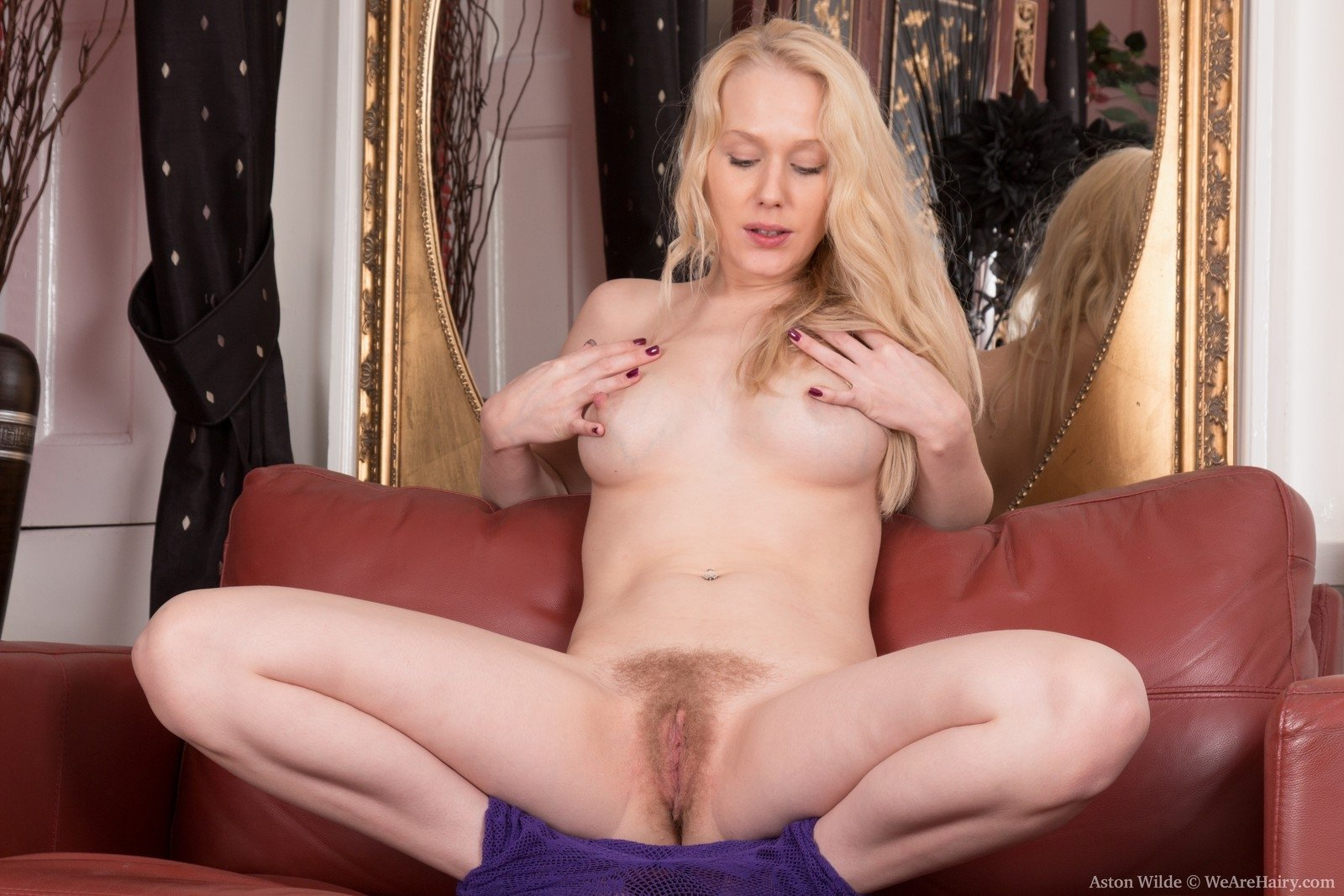 Wife in lingerie gives great handjob to husbands buddy