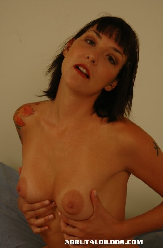 Naked wife exhibtionist