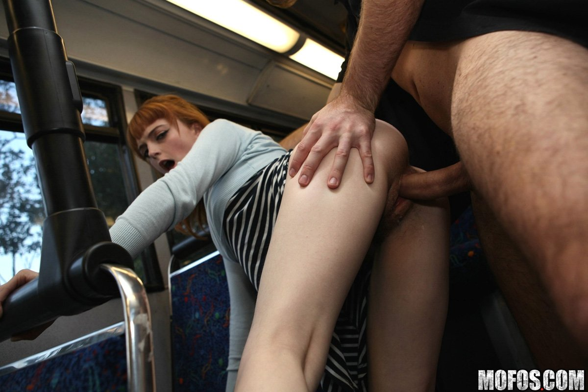 Bus sex hot picture