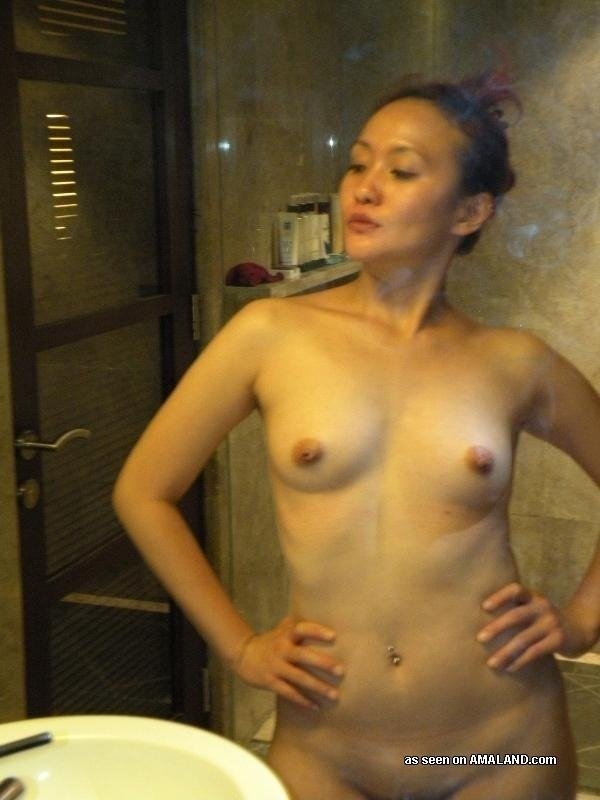 amateur wife wants threesome