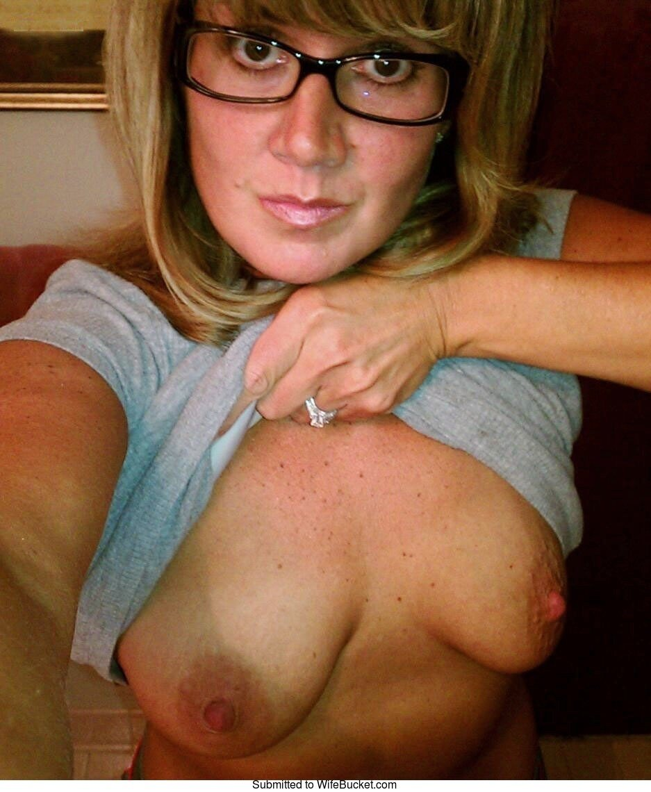 Opinion Hot milf naked selfies confirm