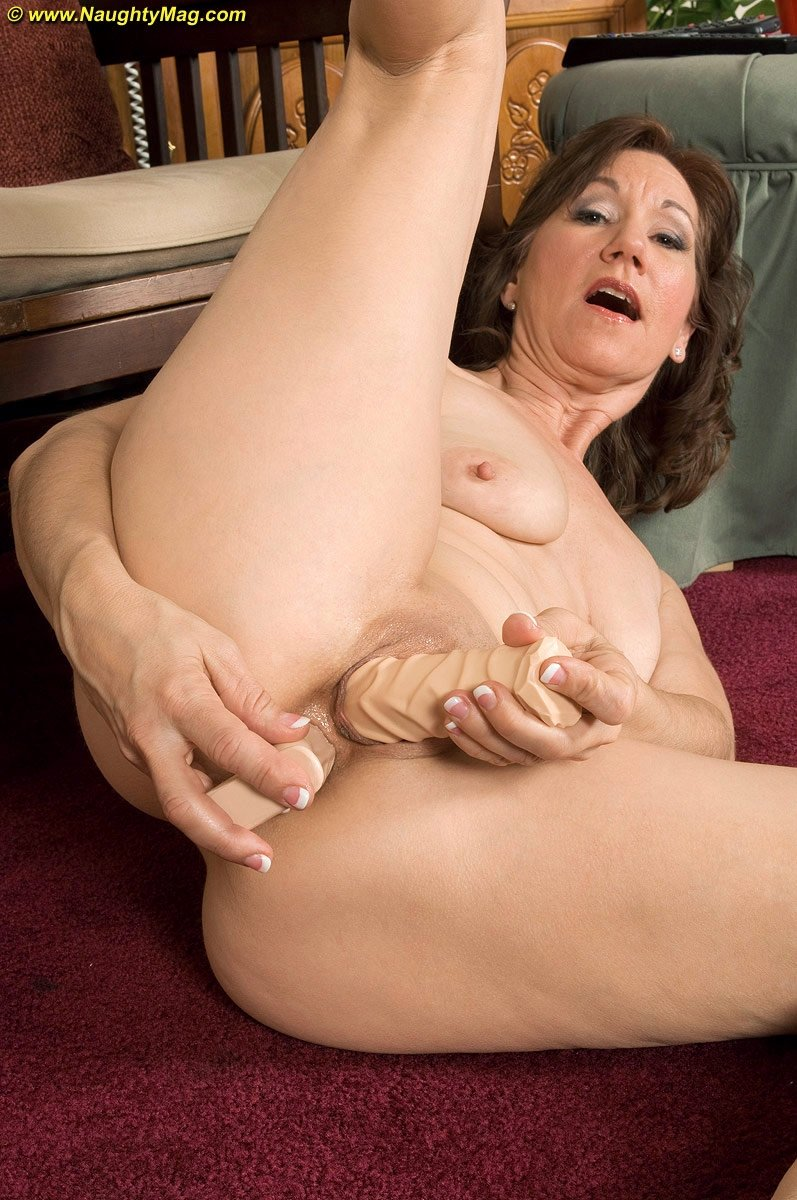 wife mature videos there