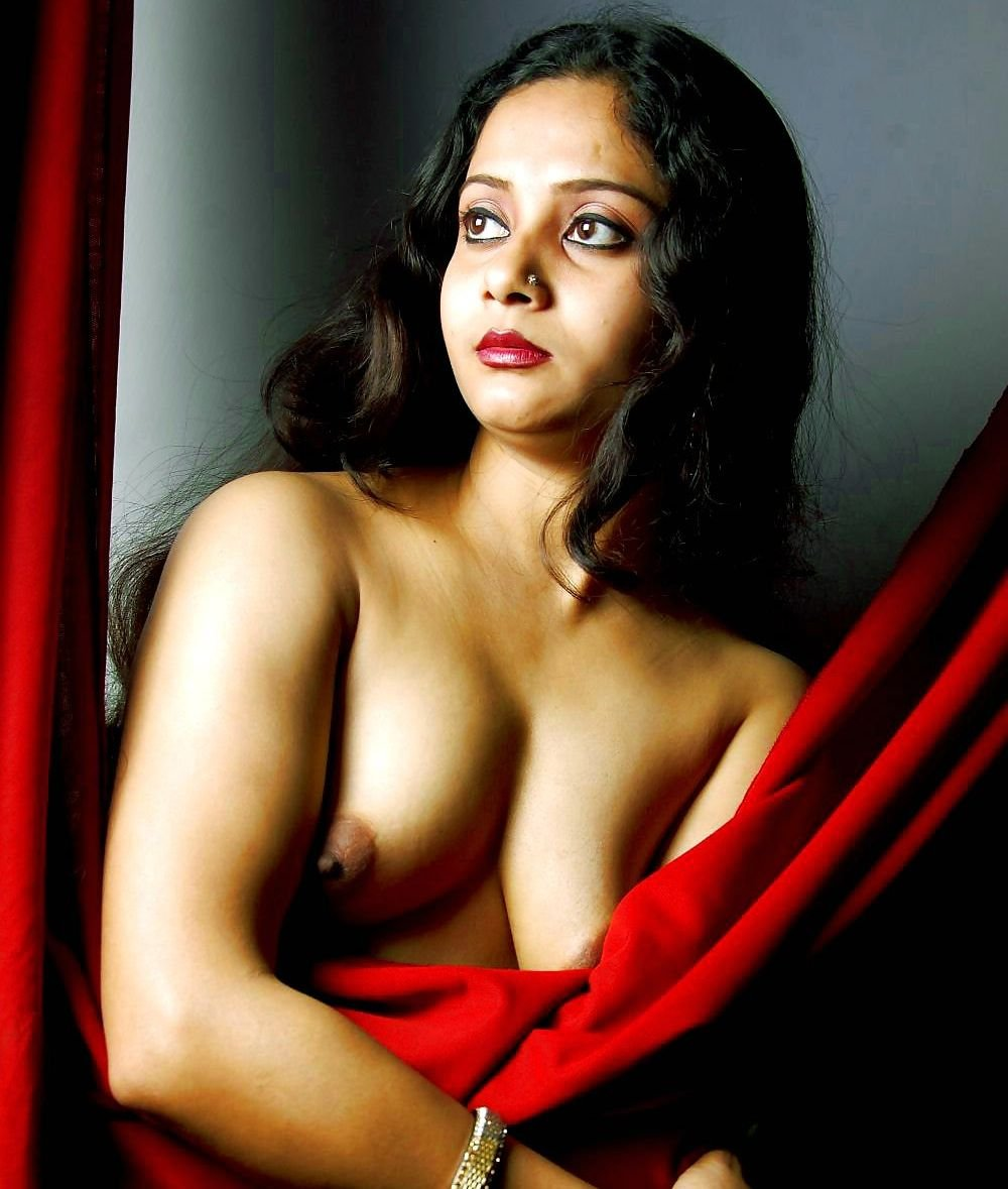 Desi Hot Spicy Girl Indian Actress Fake Nude Picture