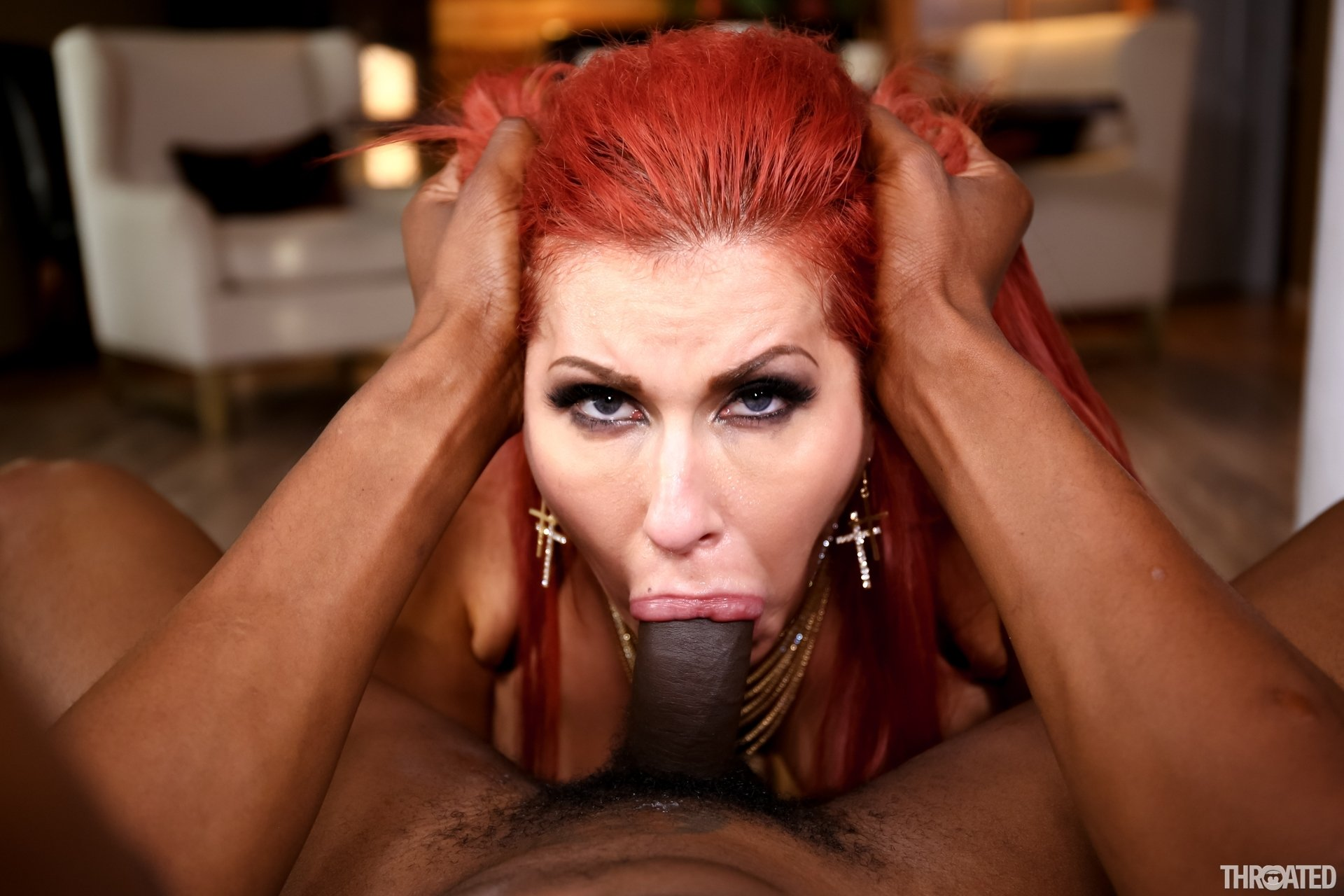 Wife pleases husbands friend