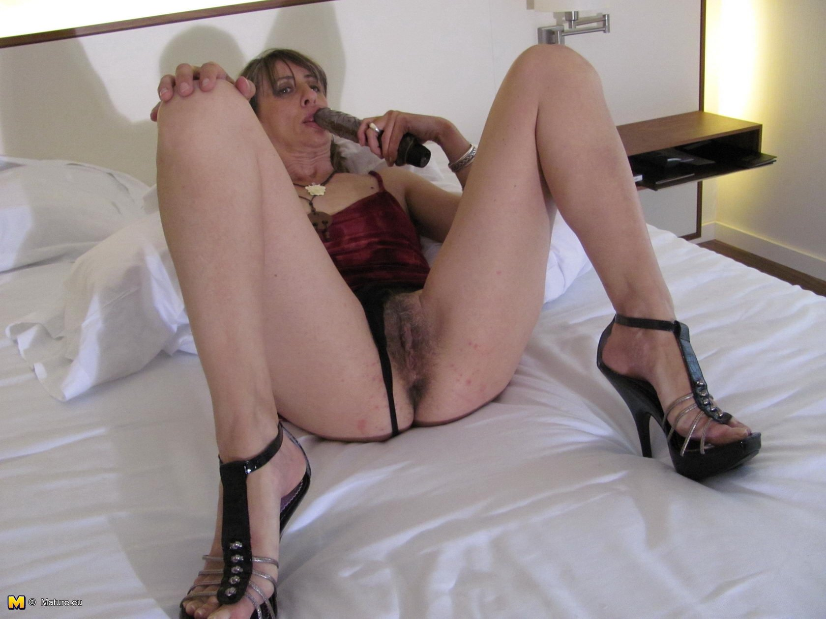 hubby shares mature wife