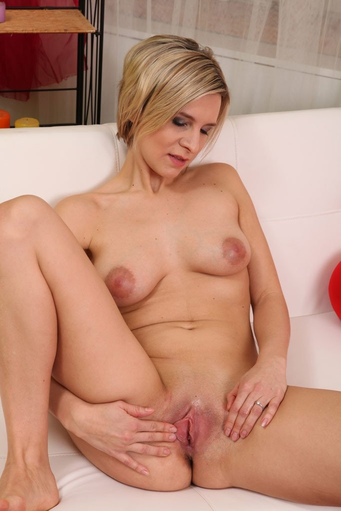hot naked blonde porn there