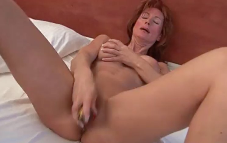 Full frontal nude milf #8