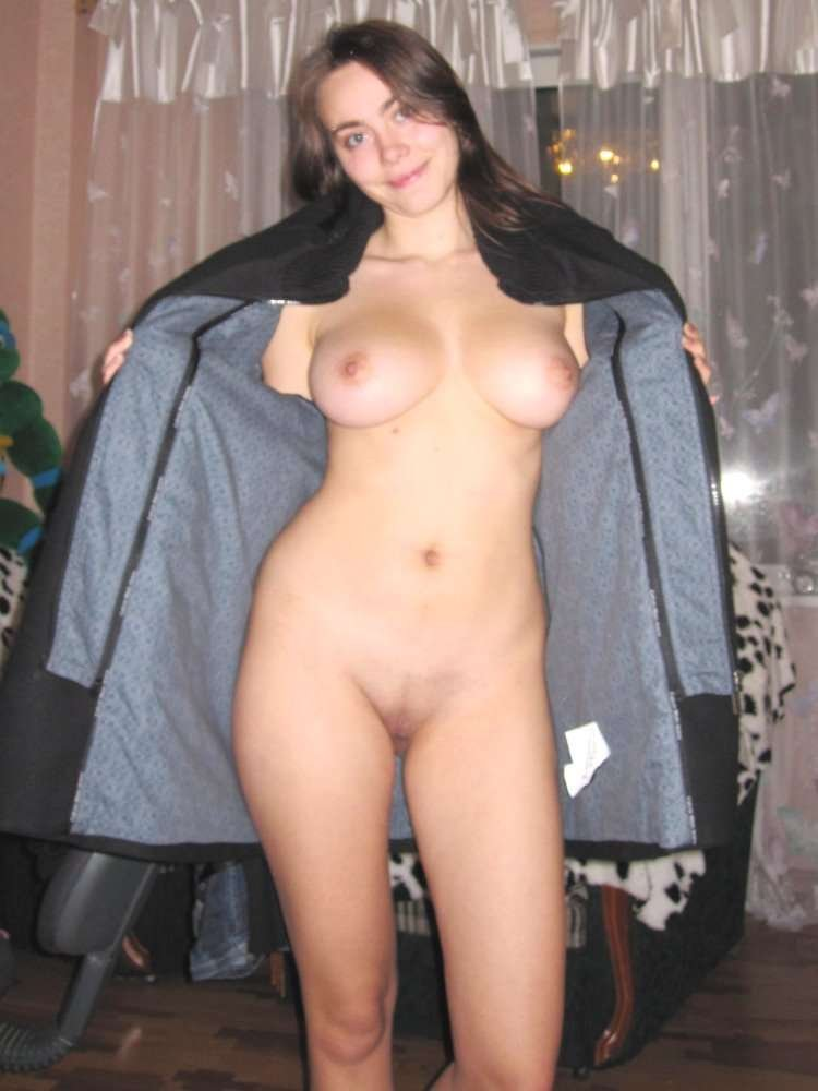 Amateur girls sharing 1 guy
