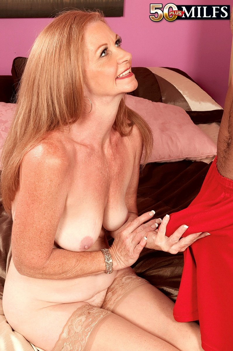 mature live via sex cam there