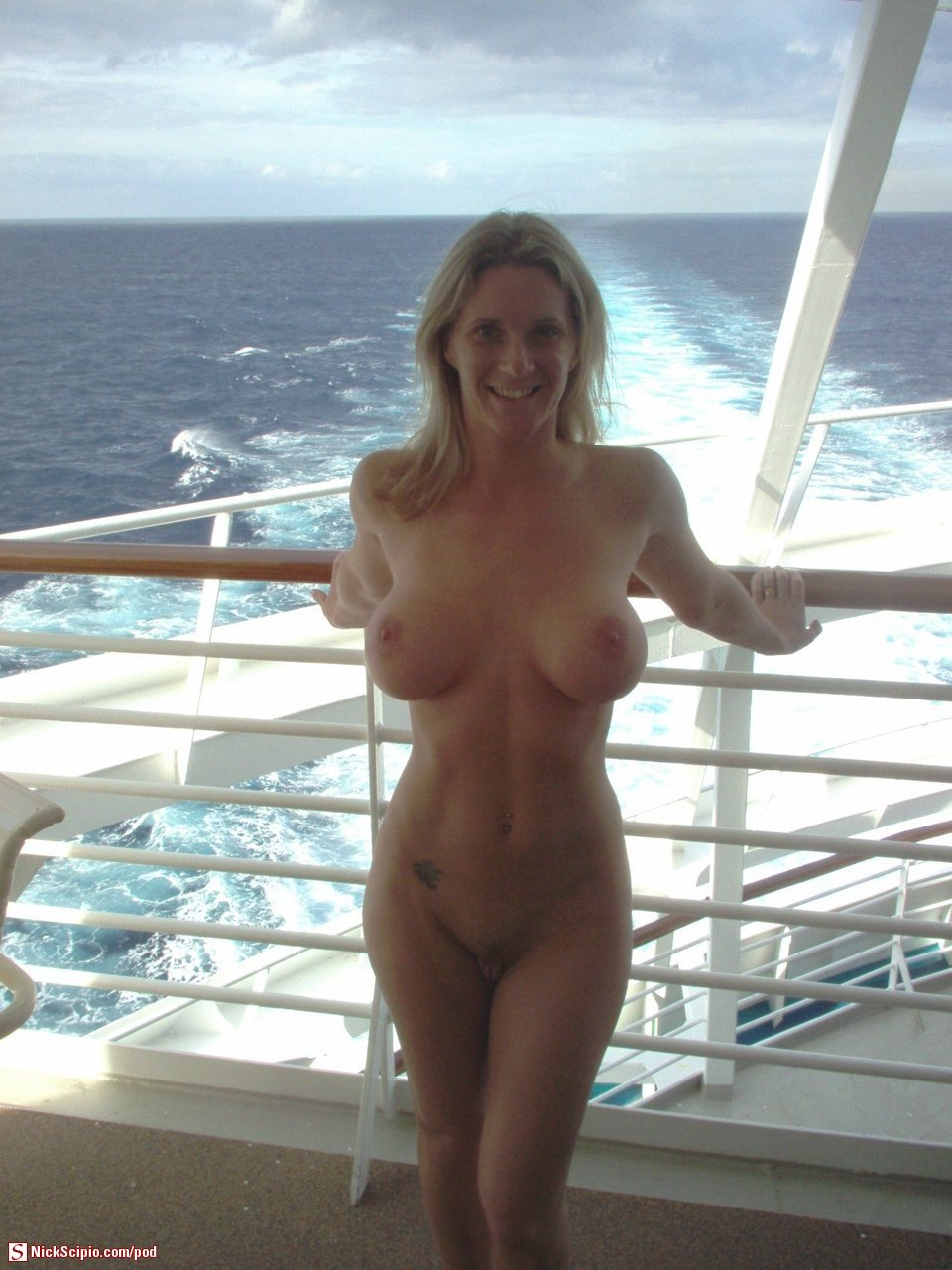 mature hot sexy mom