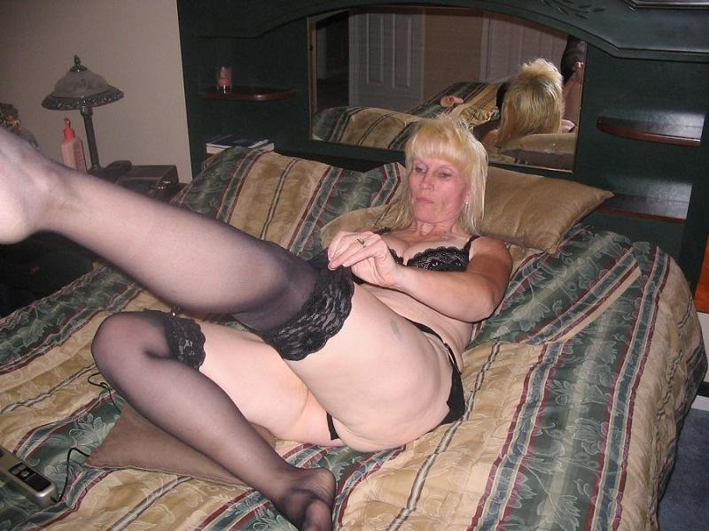 Horny wife gallery