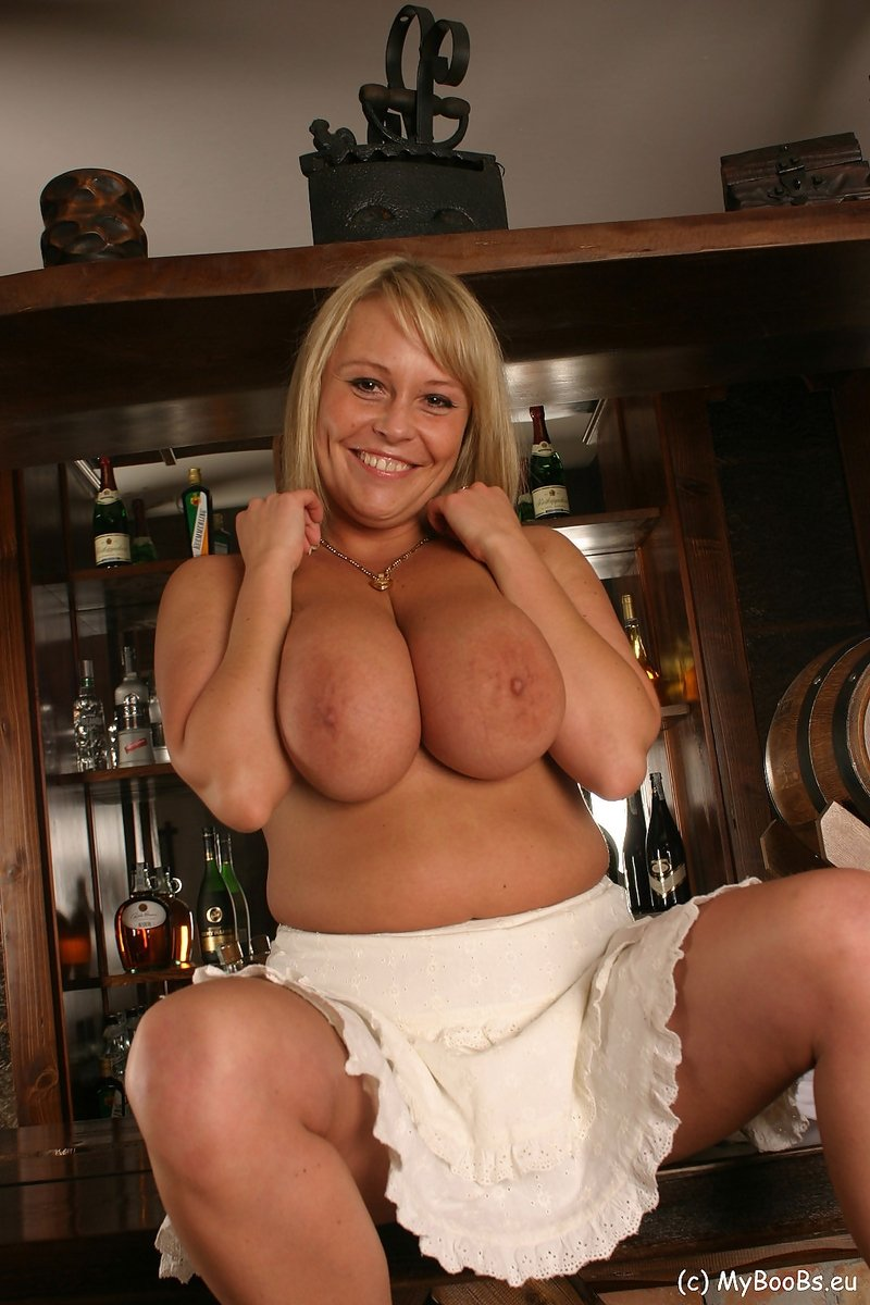 Blonde milf solo tube #1