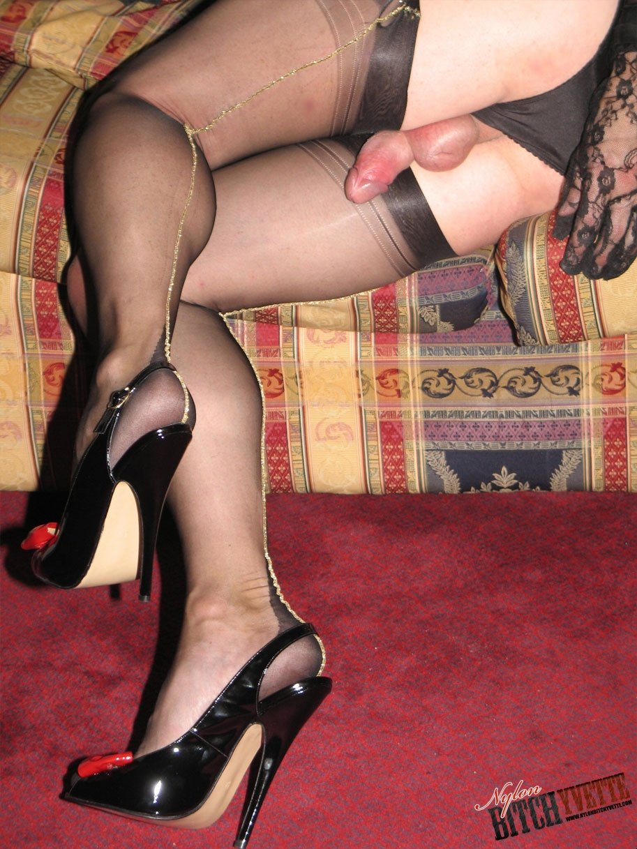 Nylons Crossdress