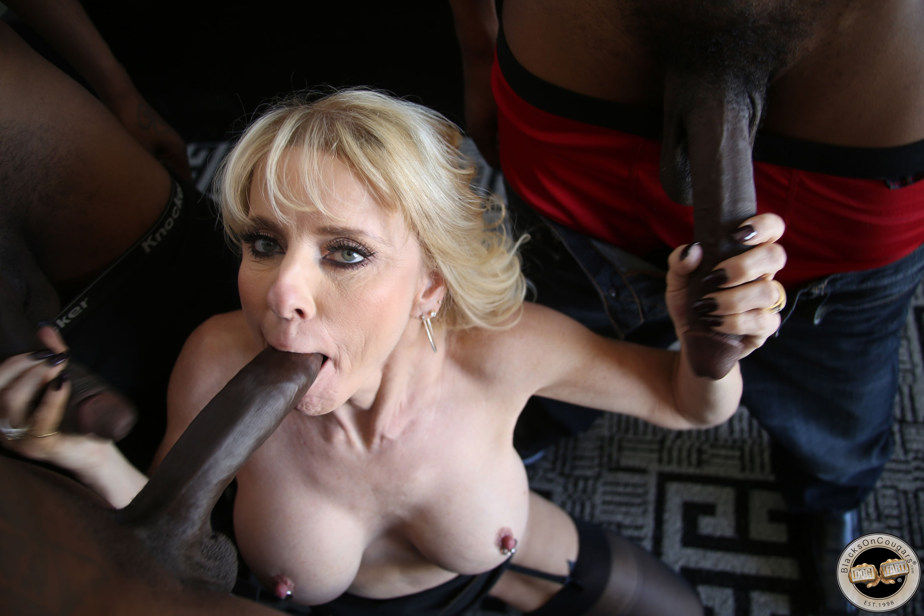 Gardabei    reccomended hot sex husband wife