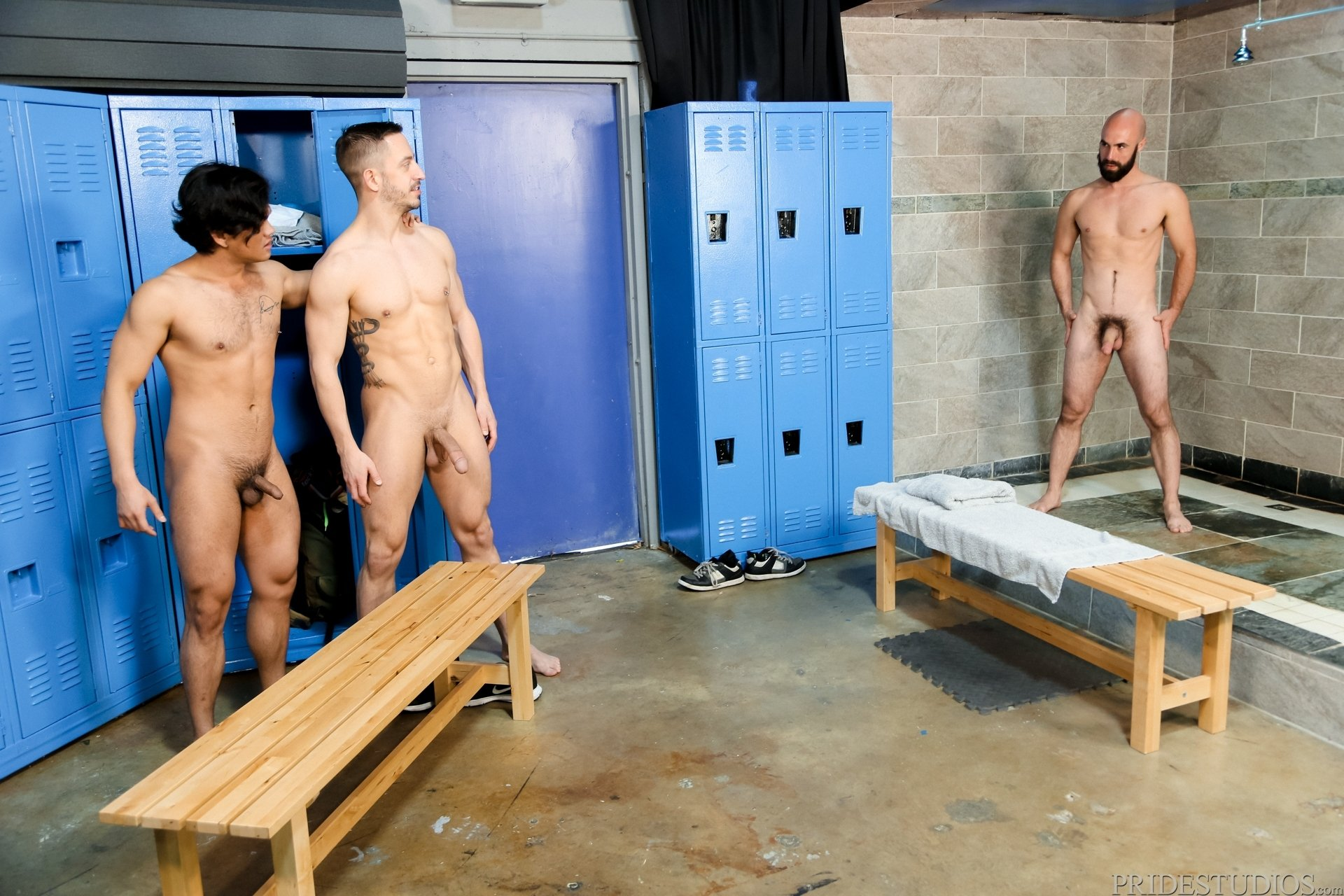 Men locker room scenes nude