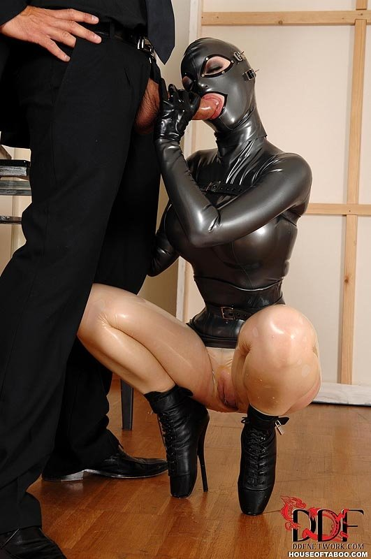 Latex Lucy Gets Taken Out Of Her Box And Fucked Pichunter Bratty Sis 1