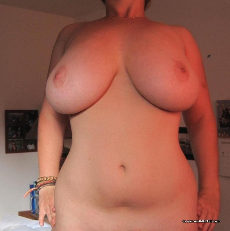 amature nude wife pictures