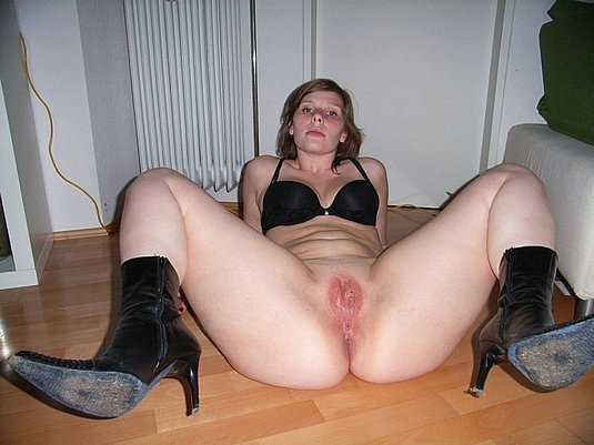 mother riding dick