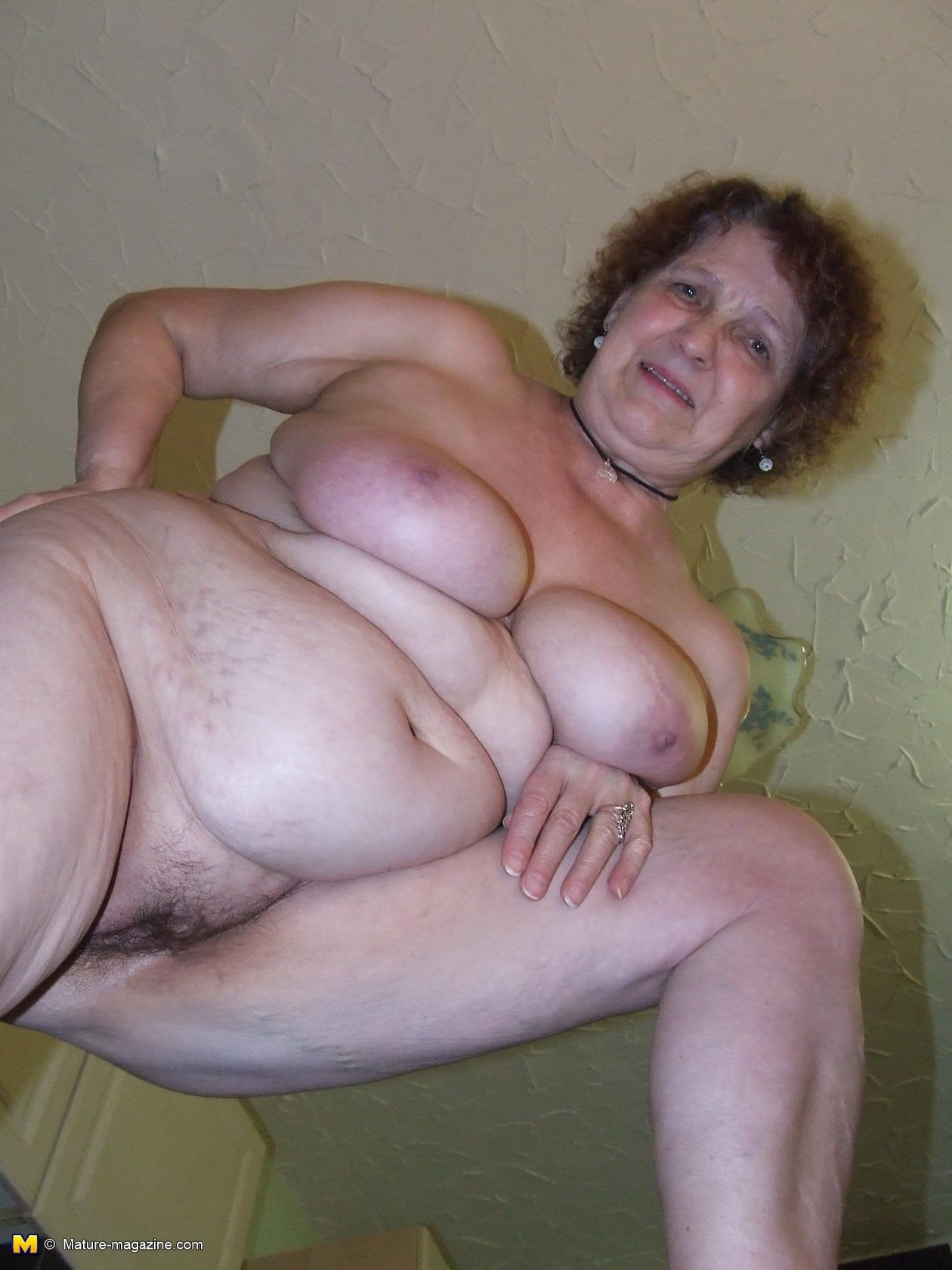 hd solo granny porn add photo