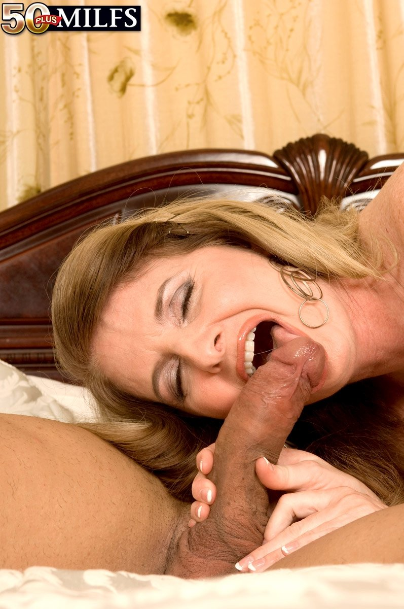 black mature wife porn