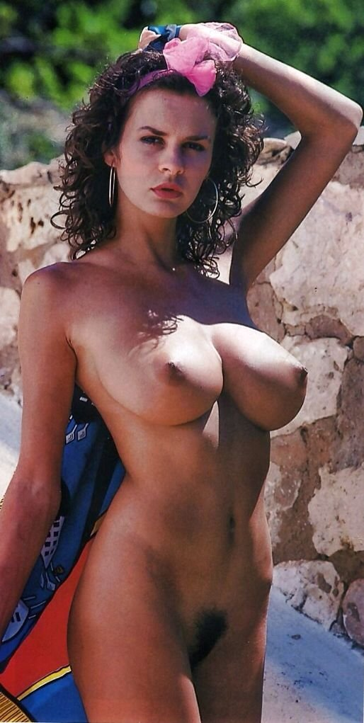 young sexy women nude