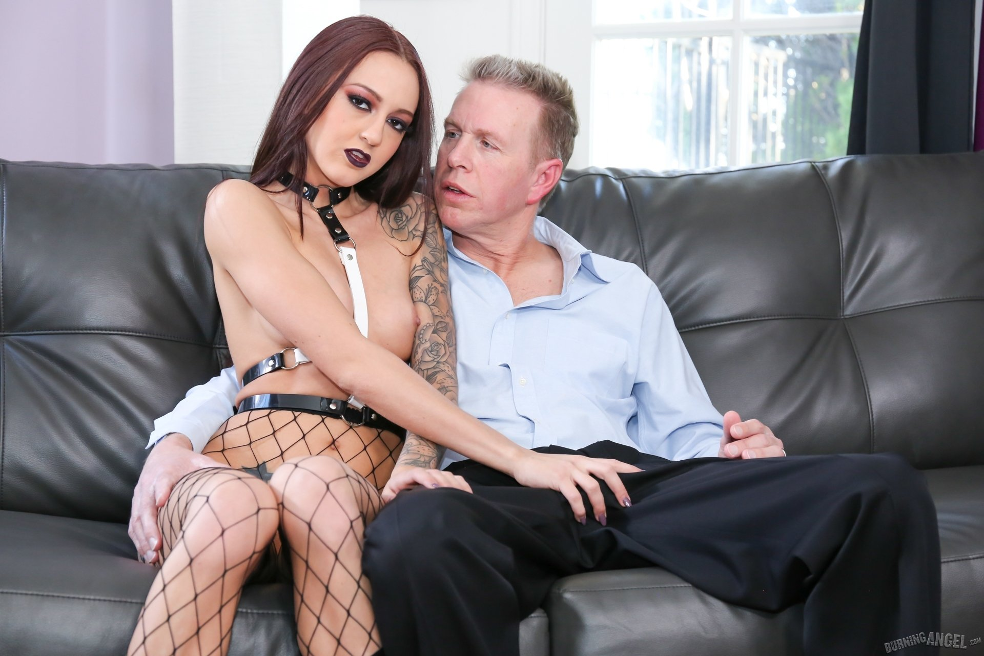 Pulling anal beads #1