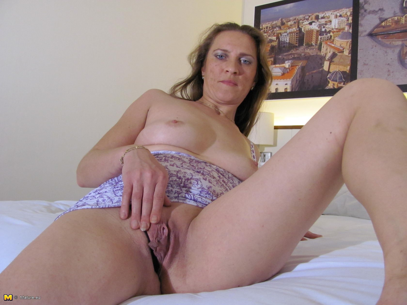 Doura    reccomended pantyhose mature russian