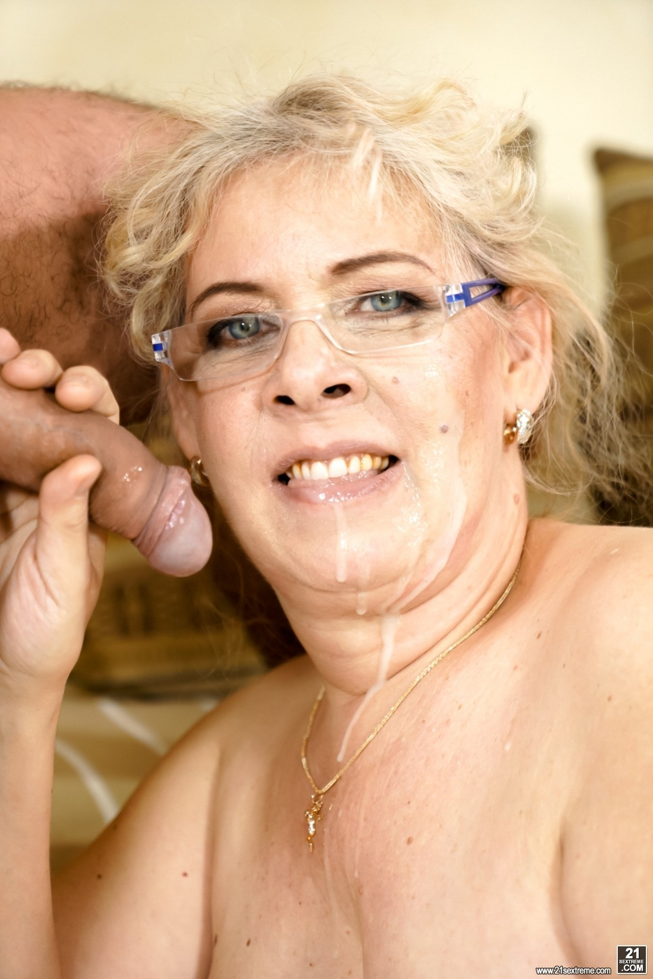 mature german wife there
