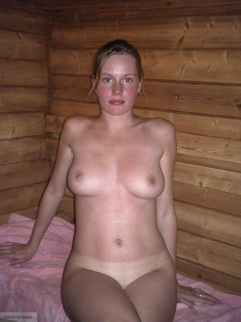 xhamster mature solo