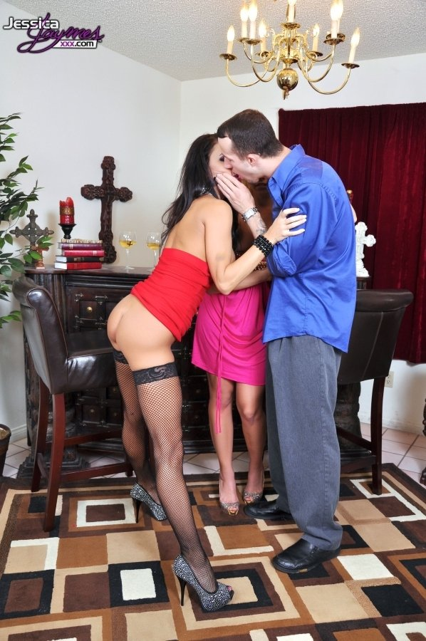 Litte girl with boy This  Blonde is the kinkiest of kinks and loves anal - Melissa Alecxander - Tony Tigrao -  -  -