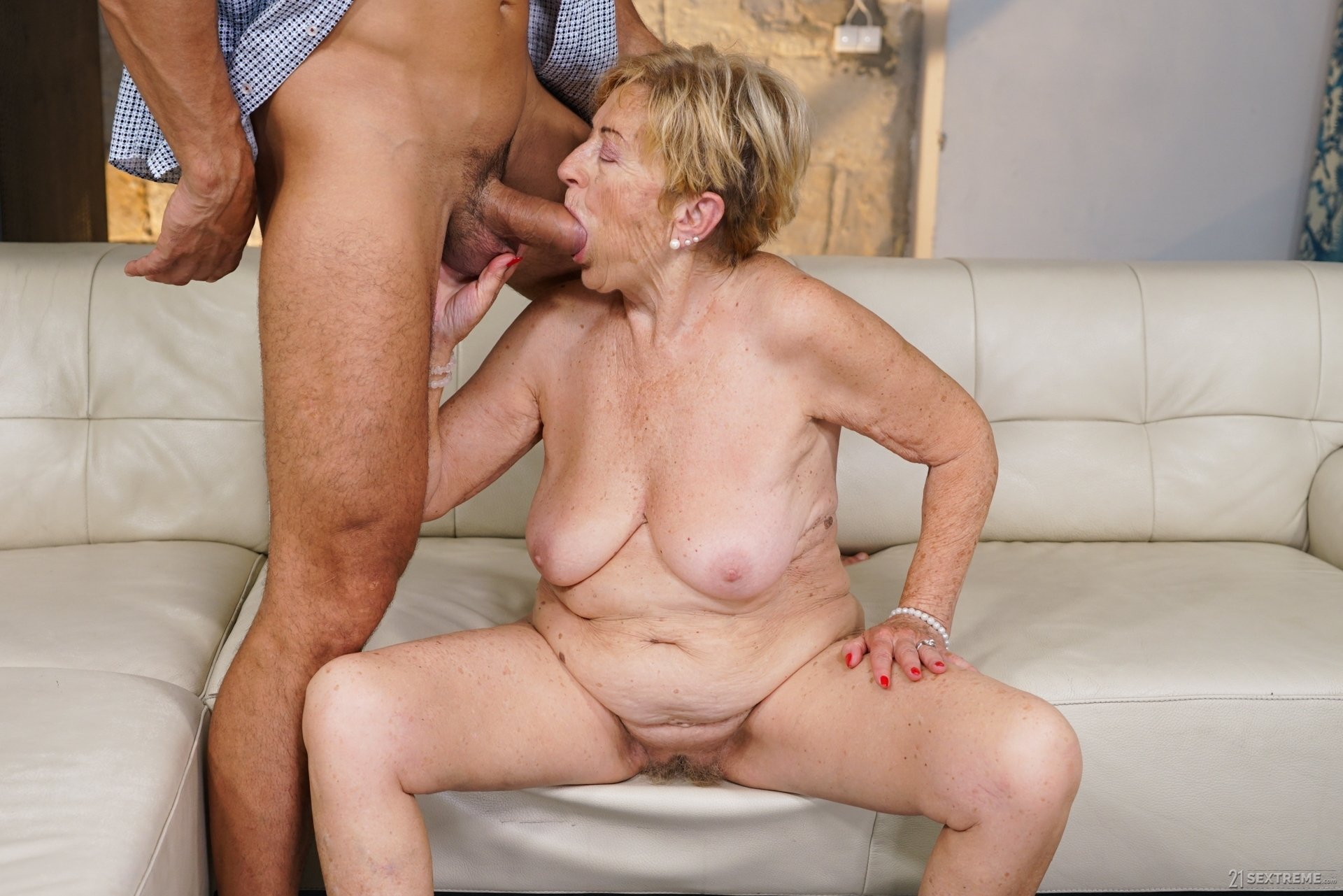 Kaziramar    reccomend high definition granny porn