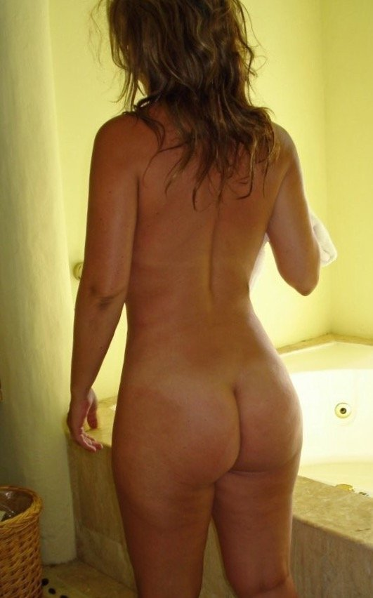 big butt naked white women