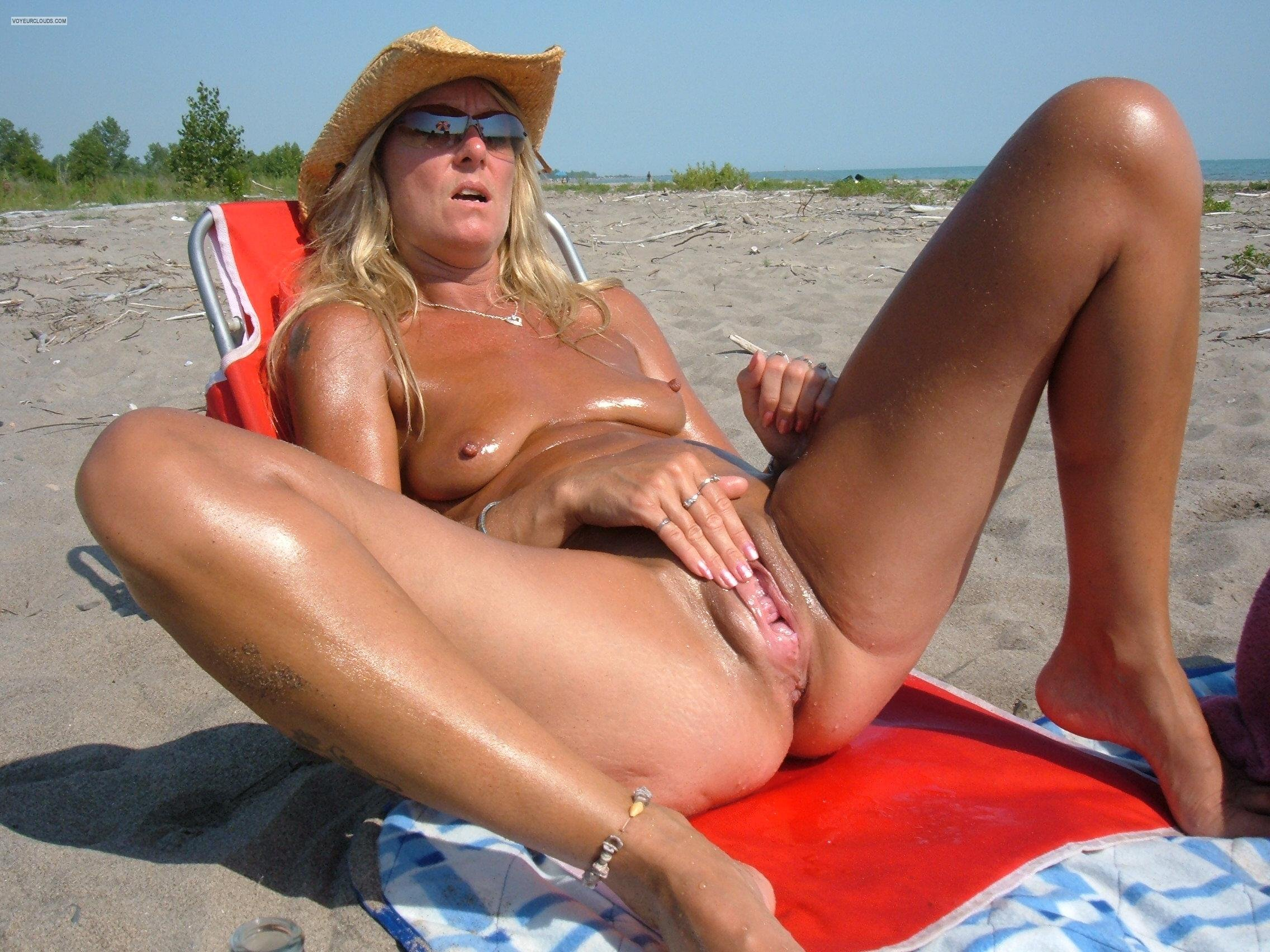 Smaall son and s sexx xx