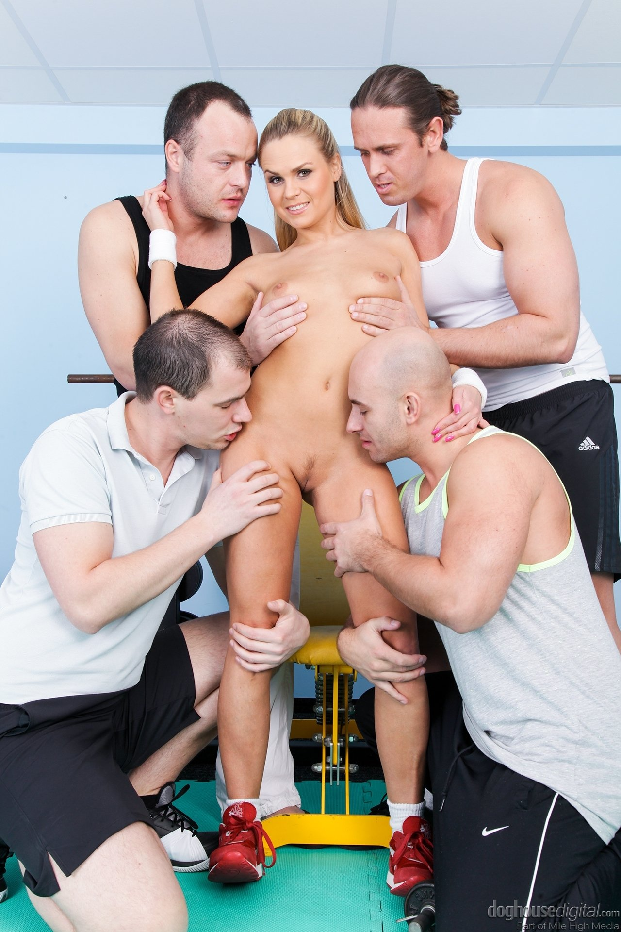 Pussy fuck by five man Bmw boobs Erotic wet crack humping voyer