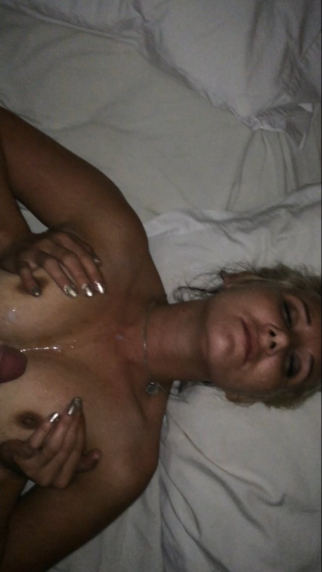 bbw cougar blowjob