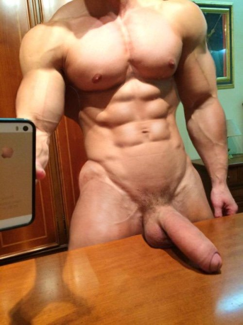 old-muscle-big-dick