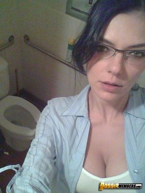 Www live sexy chat Amateur virgin sister