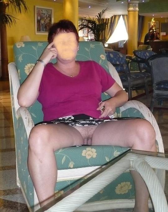 naked milf at home