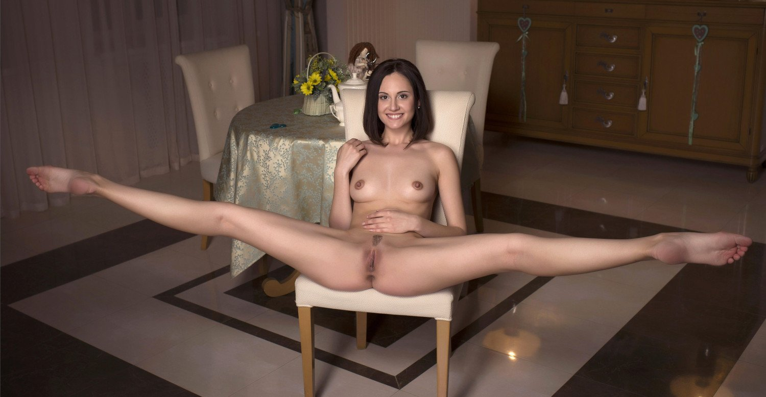 naked-women-with-there-legs-spread-sexclip-free-download