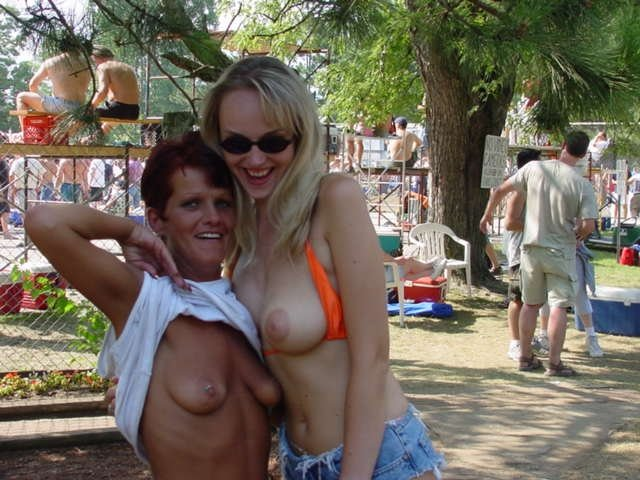 milf muscle pics there