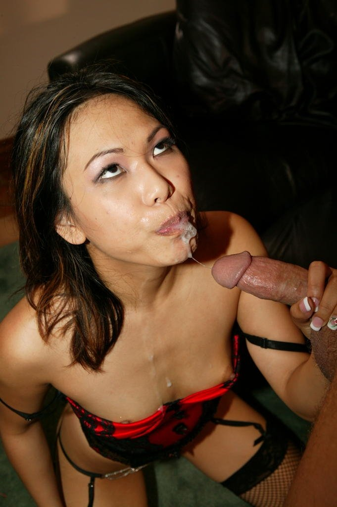 Voodoom    reccomended This sexy brunette whore sucks the teachers cock off