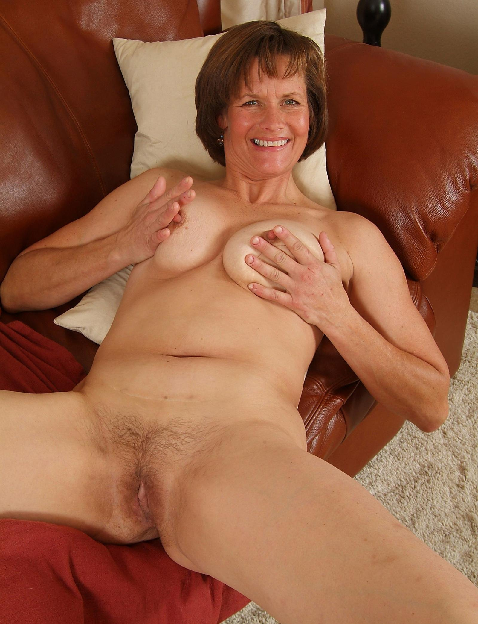 women-sixty-years-old-naked-pictures