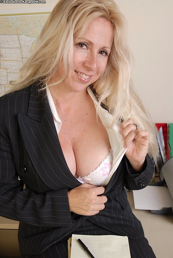 free porn busty mature