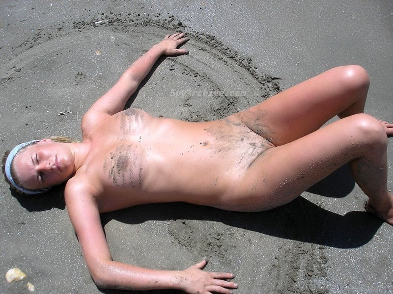 Nirg    reccomend hot sex on the public beach