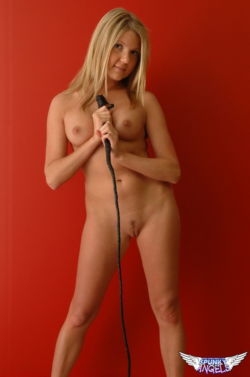 hot girl singers naked