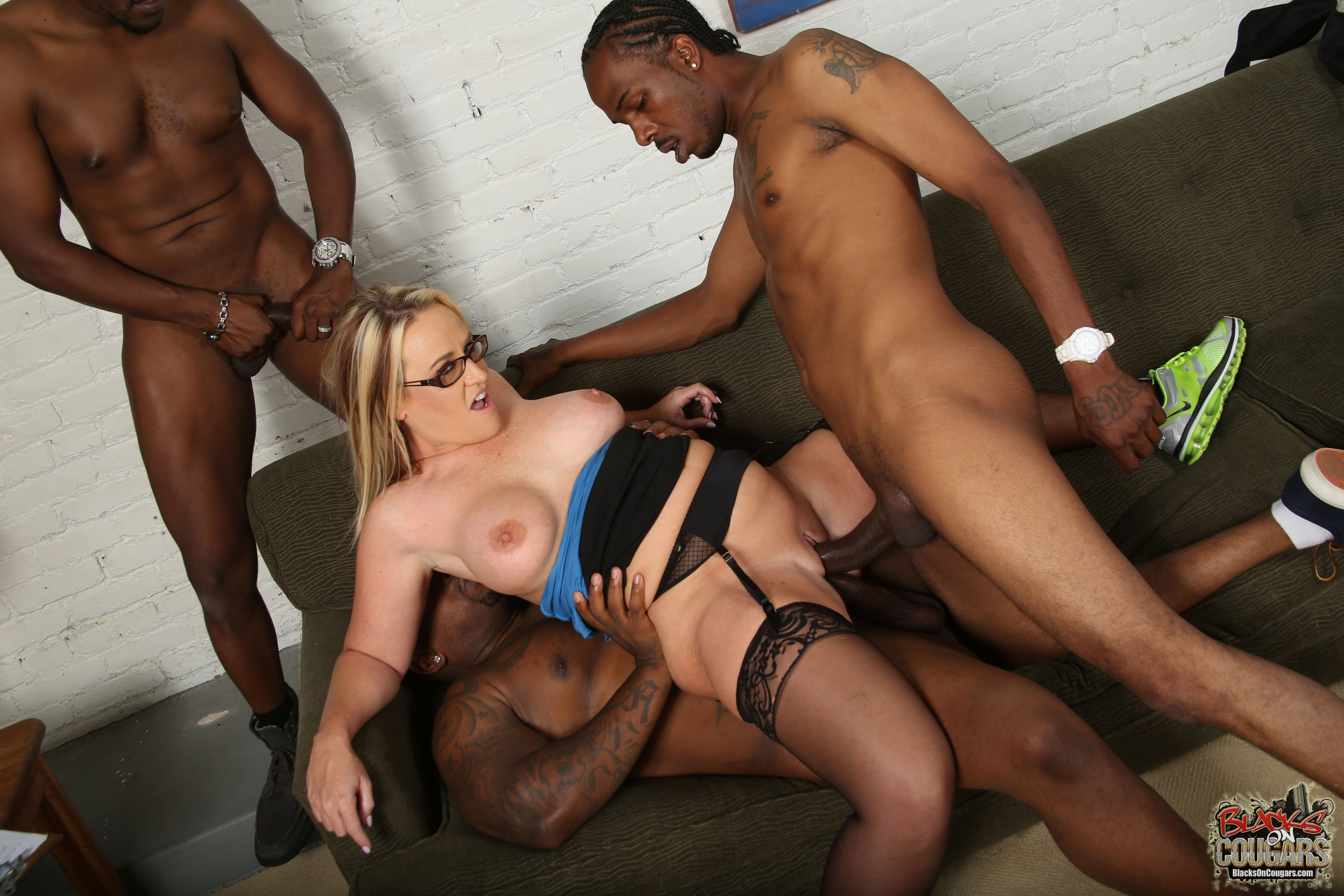 black mom hot porn