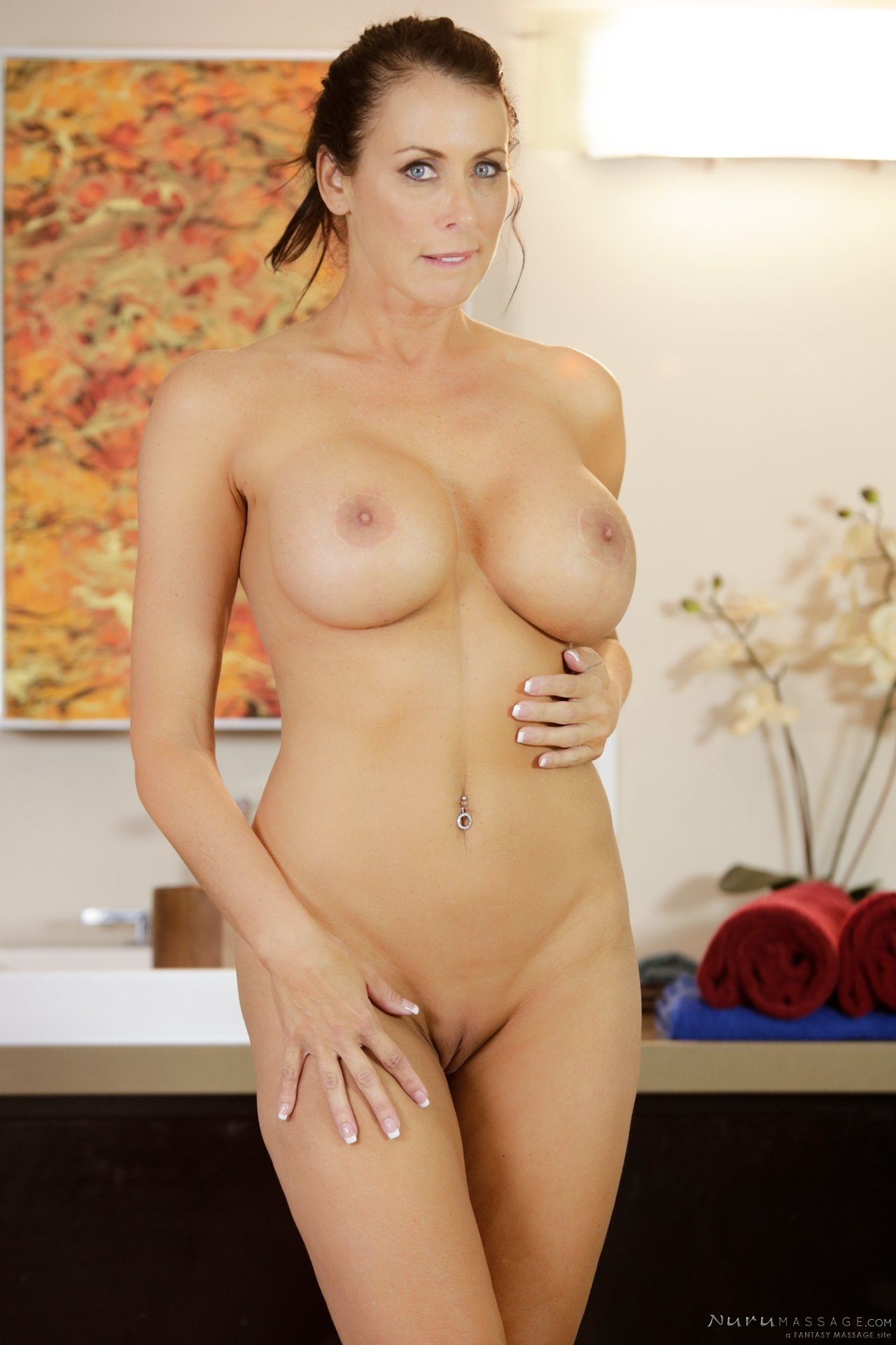 Security strip demagnetizer lucy lee pov