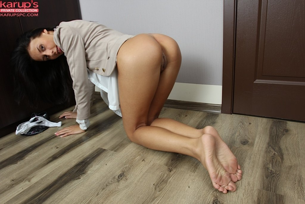 Free video wife naked