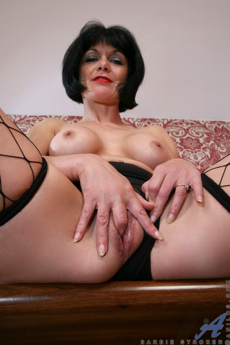 Husband don mature breasts galleries